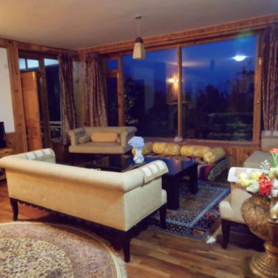 Apple Tree Premier Cottage No.1 in Manali - Book Two to Six elite Bedroom Cottage in Manali