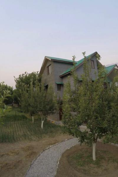 Apple Orchard Cottage In Kullumanali