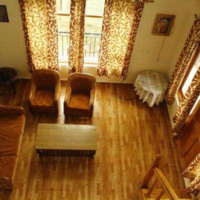 Cottage Stay In Kullumanali